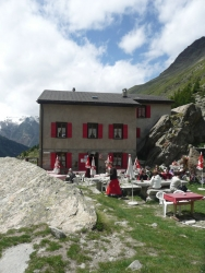 Sommerurlaub in Saas Fee